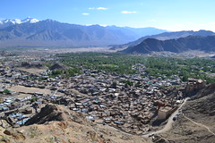 View over Leh and the Indus valley (sebip!) Tags: india asia asien palace valley himalaya leh indien palast himalayas indus ladakh
