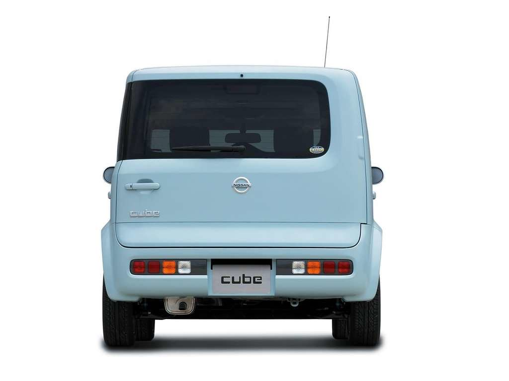 b9bde1a5c0f8 Nissan-Cube 2003 1024x768 wallpaper 21 (cube.australia) Tags  blue nissan  cube z11