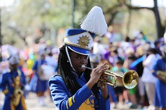 IMGL8617 (komissarov_a) Tags: neworleans louisiana usa faces 2017 mardigras weekend parade iris tucks endymion okeanos midcity krewe bacchus nola joy celebration fun religion christianiy february canon 5d m3 komissarova streetphotography color rgb police crowd incident girls gentlemen schools band kids boats float neclaces souvenirs ledders drunk party dances costumes masks events seafood stcharles festival music cheerleaders attractions tourists celebrities festive carnival alcohol throws dublons beads jazz hospitality collectors cups toys inexpensive route doubloons wooden aluminum super