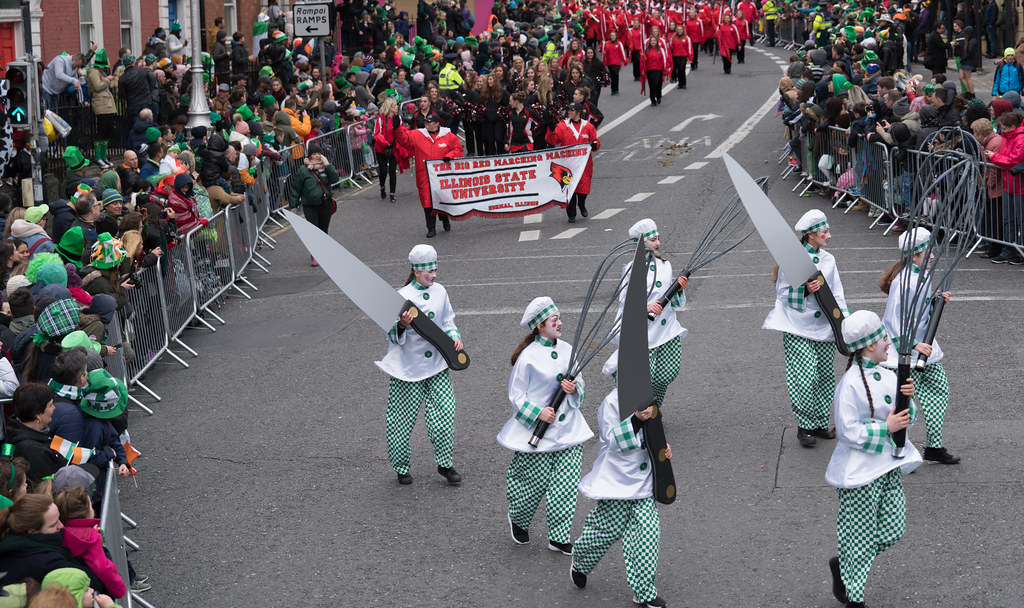 DOWTCHA PUPPETS FROM CORK [DUBLIN PATRICKS DAY PARADE 2017]-126012
