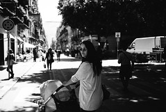 city centre walk (gorbot.) Tags: leicam8 carlzeiss35mmbiogonf2zm mmount rangefinder blackandwhite monochrome vsco vscofilm roberta louis palermo city centre sicily sicilia