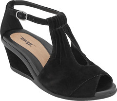 """Earth Caper sandal black • <a style=""""font-size:0.8em;"""" href=""""http://www.flickr.com/photos/65413117@N03/33450459591/"""" target=""""_blank"""">View on Flickr</a>"""