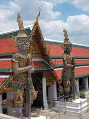 Guards (Connie Churcher) Tags: travel bird thailand temple bangkok buddha royal jade grandpalace temples emerald emeraldbuddha phraborommaharatchawang grandpalacetemples