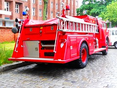 Fire Engine Wade-Township (Transaxle (alias Toprope)) Tags: auto show berlin classic cars beauty car vintage nikon power antique voiture historic retro event coche soul carros classics carro oldtimer bella autos veteran macchina carshow coches veterans clasico voitures toprope antigo antigos clasicos