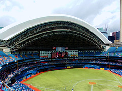 At the Ball Game (TownieBrit-JiverGirl) Tags: roof people toronto architecture open baseball crowd structure ballgame skydome retractable downtowntoronto torontobluejays baseballdiamond rogerscentre