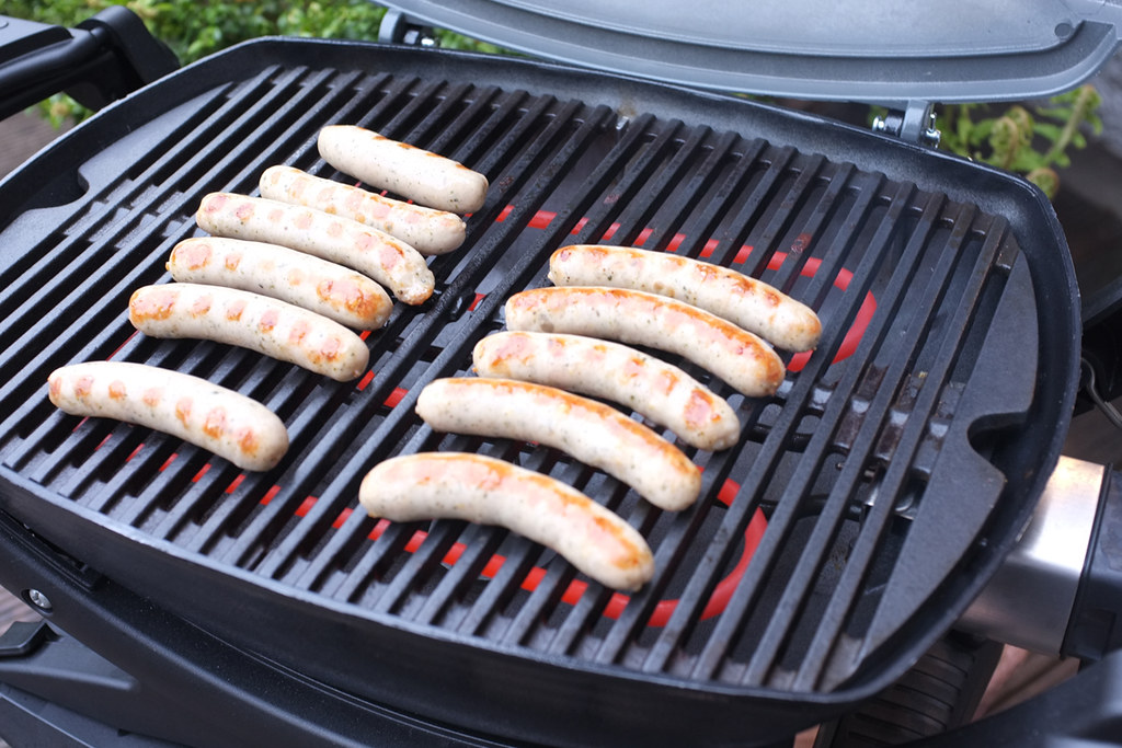 Weber Elektrogrill Bratwurst : The world s best photos of bratwurst and grill flickr hive mind