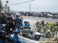 IMG_6684_web (South Bay Scooter Club) Tags: beach vespa scooter invasion motorscooter