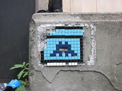 Space Invader LDN_054 (tofz4u) Tags: uk blue streetart london tile unitedkingdom mosaic spaceinvader spaceinvaders bleu londres angleterre invader damaged mosaque artderue abim ldn054