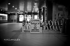 L1119161 (H.M.Lentalk) Tags: life street leica city people urban 50mm oz sydney australian australia noctilux aussie 50 asph m9 f095 black white 095 noctiluxm 109550
