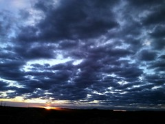 #minube reciente....amanece caminito al trabajo (ricardocardenasgallego) Tags: morning sky stunning cloudporn awesomeshots skyporn suntastic minube streamzoo snapacloud mystreamzooaddiction