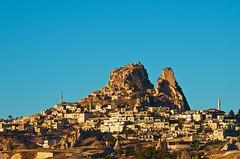 Uchisar (Sergio Romiti) Tags: sergio turkey nikon day village clear cappadocia turchia uchisar romiti vilaggio d7000 nikond7000 sergioromiti
