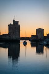 Dpart de La Rochelle vers le sunset (Mick LEVY) Tags: sunset france boat yacht larochelle fr voilier coucherdesoleil charentesmaritimespoitoucharentes