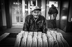 Lottooo! (Giuseppe Milo (www.pixael.com)) Tags: street old blackandwhite bw man hat turkey tickets photography photo istanbul gr lotto onsale ricoh ricohgr