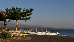 Sunrise on Amed Beach (asitrac) Tags: beach nature bali    lessersundaisland nusatenggara indonesia indonsie  southeastasia asia travel 60d canon asitrac jukung outrigger boat vehicle amed amedbeach id eo