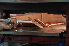 Pizza (Antonio Crisponi) Tags: house italia pizza cagliari forno pizzaiolo