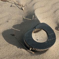 hergebruik (Birgit Speulman) Tags: shadow beach strand found sand scheveningen schaduw zand beachcombing strandjutten vondst