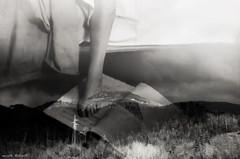 che inutile passione l'amore (Camilla Bettinelli) Tags: foto libro livorno amore piede letto paesaggio monti passione inutile bianoenero emozione camillabettinelli