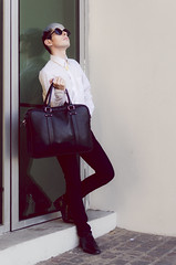 Jose Rosales (Vampyyri.Lauri) Tags: portrait laura fashion del 35mm hair hotel mar nikon via retrato moda estilo nikkor sheraton viadelmar tudela nikonista d7000 nikond7000 lauratudela