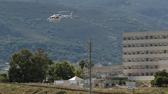 Helicoptero 061 (Pableixon ✈︎) Tags: parque hospital europa torre bell andalucia helicopter punta sur mayo spotting helicoptero algeciras empresa centenario publica médico 061 sanitarias helipuerto epes emergencias bell222 echxl
