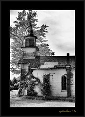 Church in Nowhere 9 (the Gallopping Geezer 3.3 million + views....) Tags: wood old building abandoned church mi rural canon wooden exterior decay michigan flag country nowhere structure faded worn weathered southeast backroad whereisthis decayed geezer corel oldglory 6d 2015 tamron28300