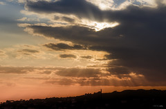 Silhouette Skyline (Landscape) (Remo FIore) Tags: light sunset sun silhouette clouds landscape colours rays sunrays