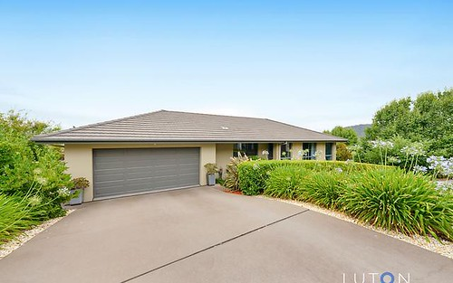 16 Alison Ashby Crescent, Banks ACT
