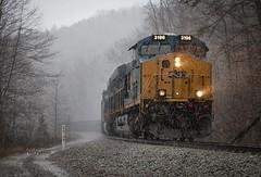 Splittin' Through the Rain (Wheelnrail) Tags: csx ge cc subdivision train trains locomotive railroad kentucky south crooked hill hazel patch berea mullins tunnel rain searchlights