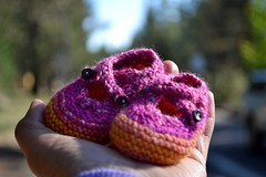 Seamless Saartje (Live In Freedom) Tags: baby booties seamless saartje knit2013 52in522013
