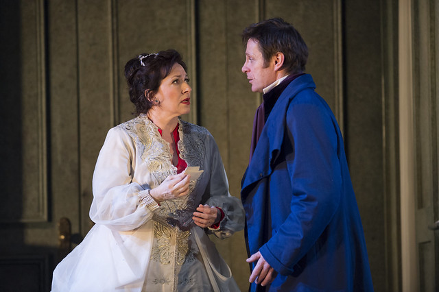 Simon Keenlyside as Onegin and Krassimira Stoyanova as Tatyana in Onegin © ROH / Bill Cooper 2013