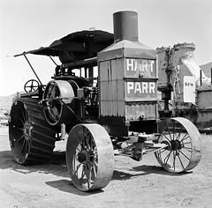 hart parr tractor (Nickademus42) Tags: tractor max hit kodak antique engine gas hasselblad hart 100 miss parr 500cm