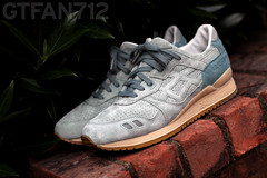 Saint Alfred x Asics Gel Lyte III (GTFan712) Tags: chicago leather canon shoe 50mm shoes f14 olive sneakers lakemichigan asics sneaker birch suede chicagolakefront saintalfred t2i gellyteiii gellyte3 gtfan712