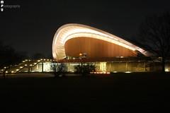 Haus der Kulturen der Welt bei Nacht 1 (MPU Photography) Tags: berlin architecture night germany deutschland nacht mitte tiergarten muschel hausderkulturenderwelt 2013 martinphillipullmann mpuphotography