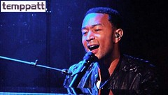 John Legend @ Live on Letterman (Tempestt Patterson (temppatt)) Tags: lateshowwithdavidletterman johnlegend loveinthefuture liveonletterman