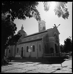 Hanh Thong Tay Church (xuanthanh_arc) Tags: city 6x6 film analog big mr kodak o hanh go scan tay bronica thong chi 100 ho nikkor six minh sai gon ekta c41 vap v500 5028 s2a