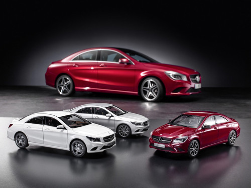 Mercedes-Benz Accessories: CLA-Klasse Modellauto / CLA-Class model car