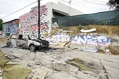 BESTO ANTES (Chasing Paint) Tags: car graffiti la losangeles burnt graff wd aub antes burned besto aubs