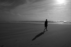 (J N Photography) Tags: travel sea urban france monochrome ferret blackwhite noiretblanc cap vacance arcachon atlantique capferret dunedupilat dunedupyla sonyalpha77 jeremynuyten jeremynuytenphotography
