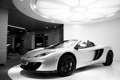 Mclaren MP4 12C 50th Anniversery Edition. (Tom Daem) Tags: brussels c mclaren anniversery 50th edition mc12 mp4 12c