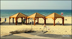 Tel Aviv Beach/Playa (Saul Tevelez) Tags: sea sky beach water canon israel mar telaviv sand agua playa arena cielo mediterraneansea marmediterraneo canonpowershotsx50hs saultevelez vision:sky=0554 vision:outdoor=0887 vision:clouds=0617