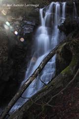 Parque Natural de #Gorbeia #DePaseoConLarri #Flickr 6548 (Jose Asensio Larrinaga (Larri) Larri1276) Tags: waterfall basquecountry cascada 2014 urjauzia efectoseda orozkobizkaia parquenaturaldegorbeiagorbea