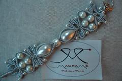 argento metallizzato e perle di varie misure (patty macram) Tags: bijoux macrame gioielli accessori bracciali bigiotteria macram margaretenspitze