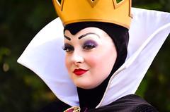 The Queen (EverythingDisney) Tags: disneyland evil disney queen snowwhite dlr thequeen evilqueen