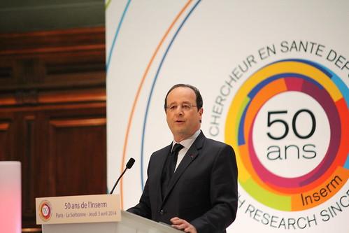 François Hollande ouvre le colloque organisé à l'occasion des 50 ans de l'Inserm