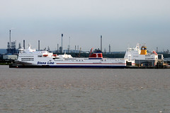 Stena Traveller (Stena Line) (Howard_Pulling) Tags: camera canon boat photo ship picture vessel hull shipping humber victoriadock hpulling howardpulling