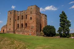 Kenilworth Castle - Keep (Nathan Reading) Tags: england castle heritage keep kenilworth kenilworthcastle englishheritage earlofleicester johnofgaunt robertdudley elizabeththefirst