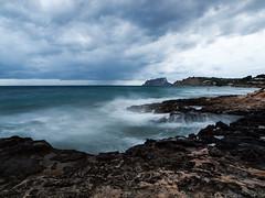 Cala Baladrar - Benissa - Penyal d'Ifach - (monsalo) Tags: mar agua mediterraneo playa nubes ifach peondeifach penyaldifach monsalo