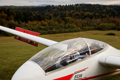IMG_3144 (leptonhead) Tags: mountains air gliding glider sailplane