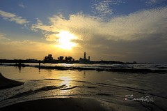 Sunset in Lattakia (Sulafa) Tags: sunset sea sun clouds syria غروب lattakia اللاذقية غيوم غروبالشمس