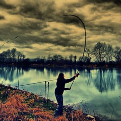 (daniloblasiprimoprofilo) Tags: winter fish nature lady river landscape mirror big fishing italian escape tevere carps carp common picoftheday angler angling karpfen karper carpfishing winterfishing italianguys carpangler uploaded:by=flickrmobile flickriosapp:filter=nofilter tagsforlike