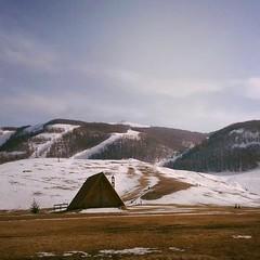 quel che resta dell'inverno (.taz.) Tags: winter mountain snow mobile phone neve chalet inverno abruzzo baita